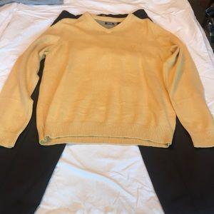 Medium Yellow Izod Sweater